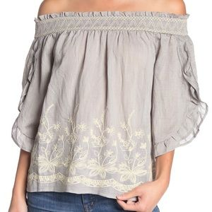Anthropologie Moon River cold shoulder woven top.